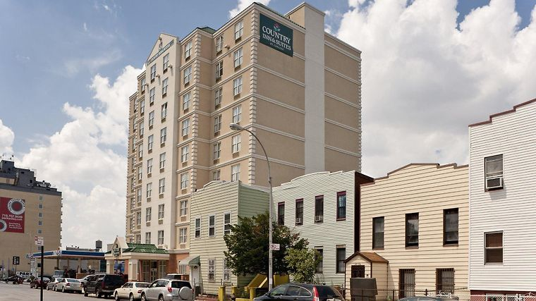 Country Inn & Suites New York City At Queens Exterior