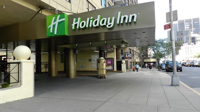Holiday Inn Midtown 57 St Exterior