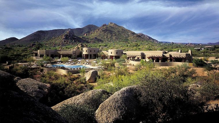 Boulders Resort - Spa Curio Collection By Hilton Exterior