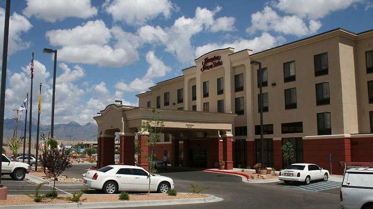 Hampton Inn & Suites Las Cruces I-25 Exterior