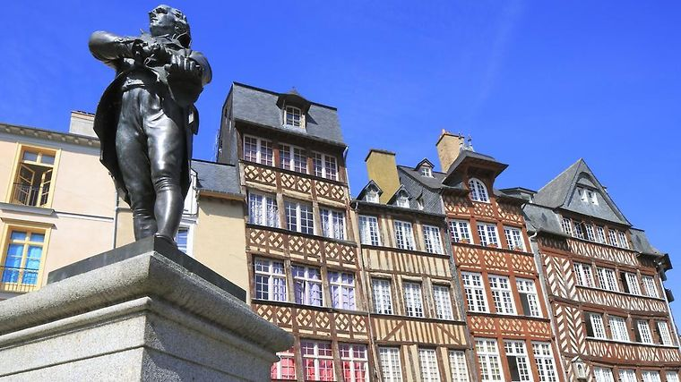 HOTEL MERCURE RENNES CENTRE PARLEMENT RENNES 4 France from US