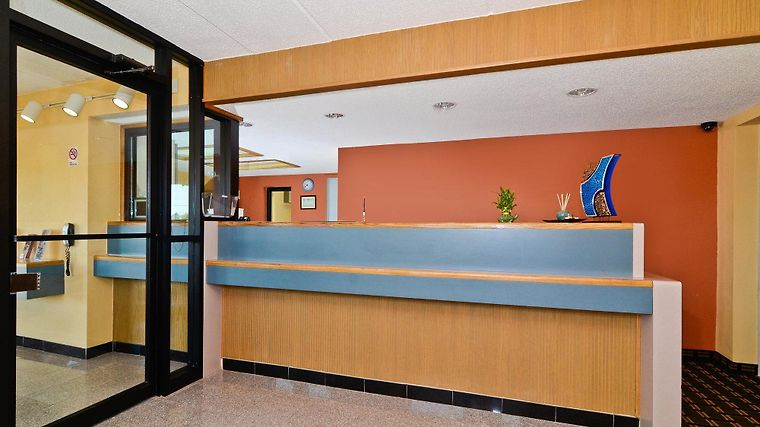 Americas Best Value Inn-Memphis/Airport Interior