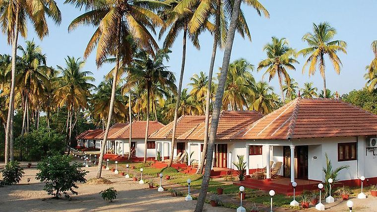 Marari Fishermen Village Beach Resort Exterior