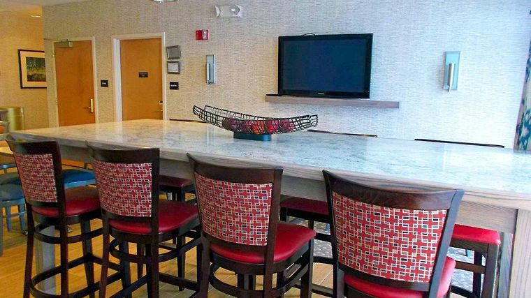 Hampton Inn Freeport/Brunswick Restaurant