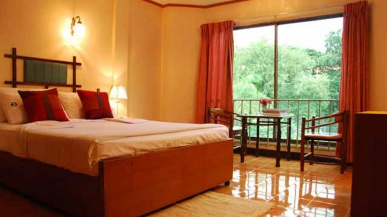 Seashore Pattaya Resort Room
