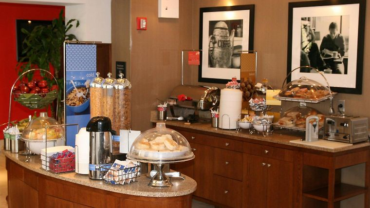 Hampton Inn Manhattan-Seaport-Financial District Restaurant