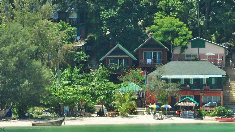 Phi Phi Beach Front Resort Exterior
