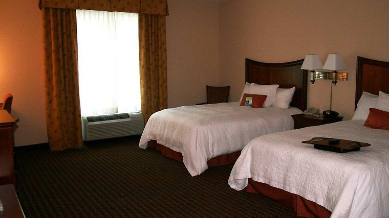 Hampton Inn & Suites Palm Coast Room