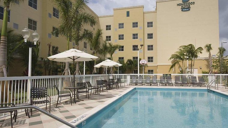 Homewood Suites Miami Airport West Exterior