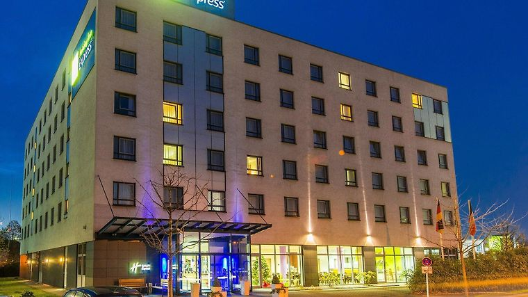 Holiday Inn Express Dusseldorf - City North Exterior