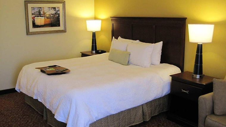 Hampton Inn Newport News-Yorktown Room
