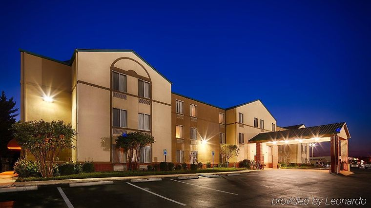 Best Western Plus Russellville Hotel & Suites Exterior