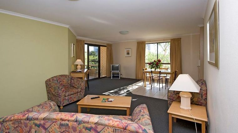 Kingston Court Serviced Apartments Room