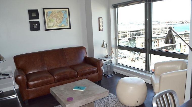 Seaport Luxury Harborview By Spare Suite photos Room