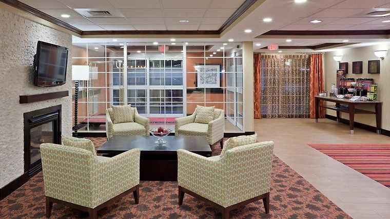 Hampton Inn Sturbridge Interior