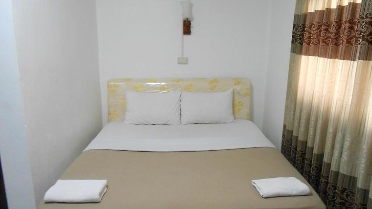 Mixok Guesthouse Room
