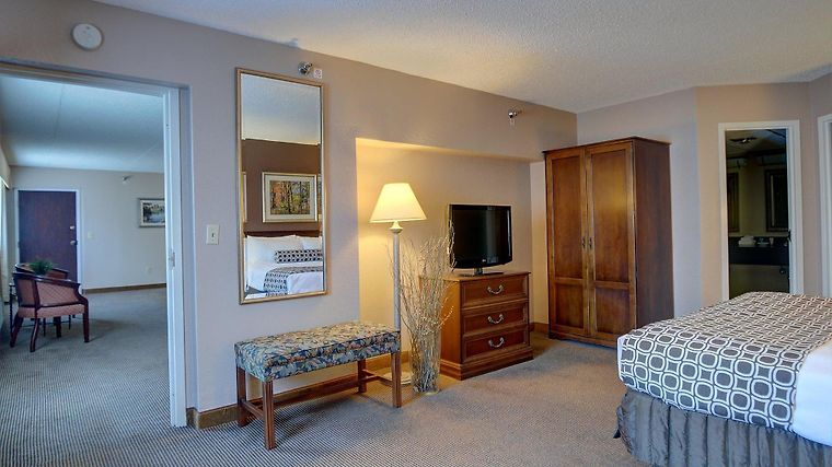 Radisson Hotel Cromwell Ct 3 United States From Us 114 Booked