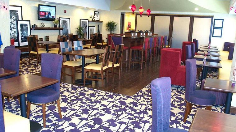 Hampton Inn Richmond - Airport Restaurant
