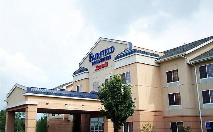 Fairfield Inn And Suites Youngstown Austintown Exterior