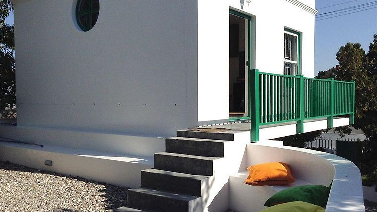 Africanhome Guesthouse Exterior
