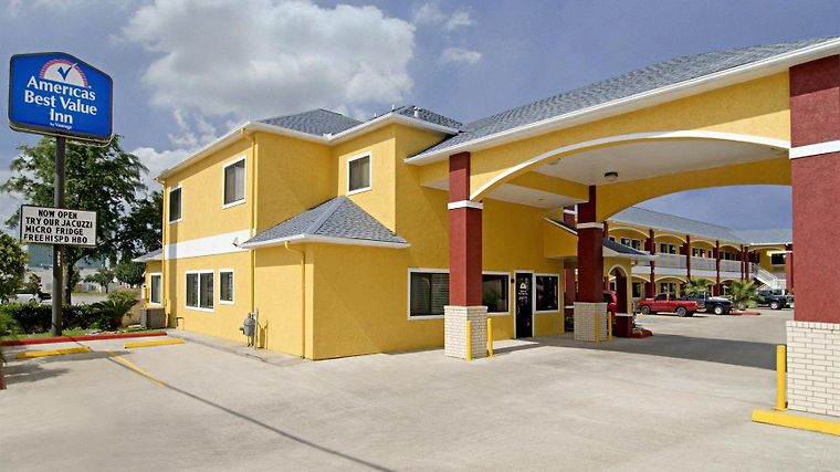 Americas Best Value Inn Baytown Exterior