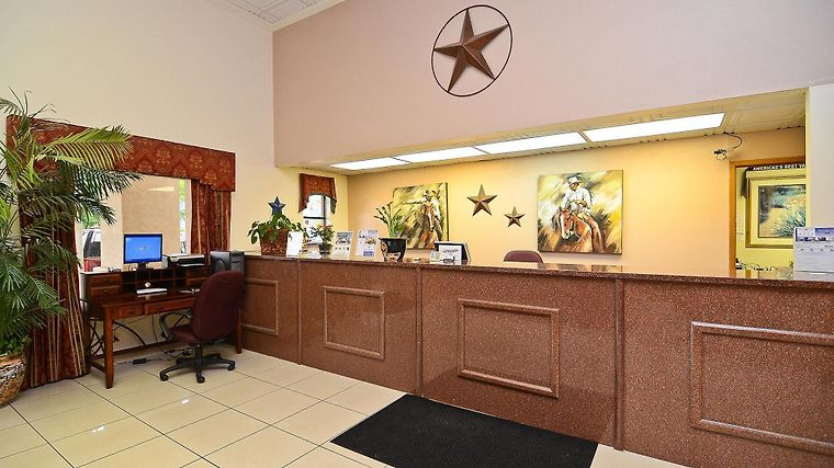 Best Western Inn Of Sealy Interior