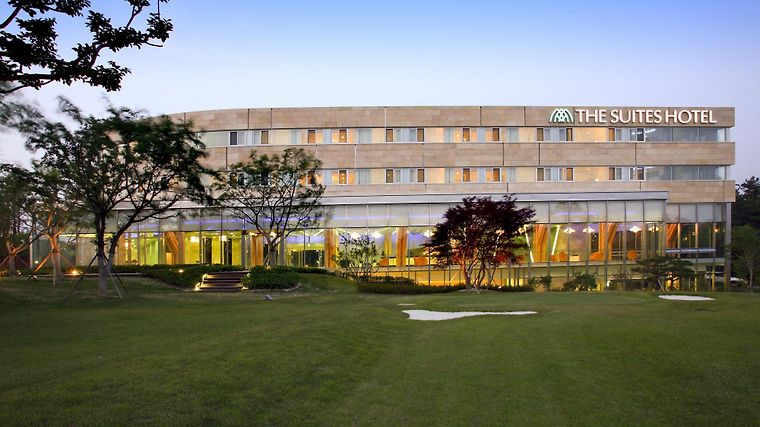 The Suite Hotel Gyeongju Exterior