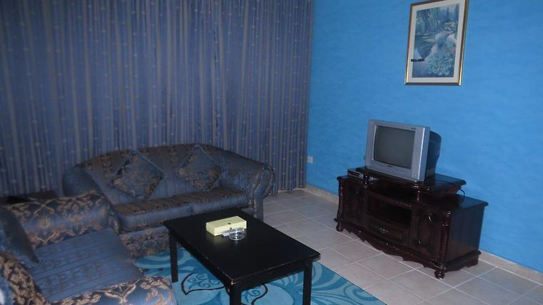 Liwa Plaza Hotel Apartments Room