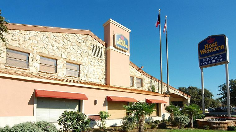 Best Western N.E. Mall Inn & Suites Exterior