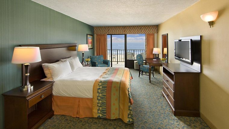 Ramada Virginia Beach Oceanfront Exterior