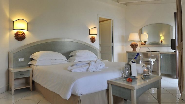 Hotel And Spa Des Pecheurs Room