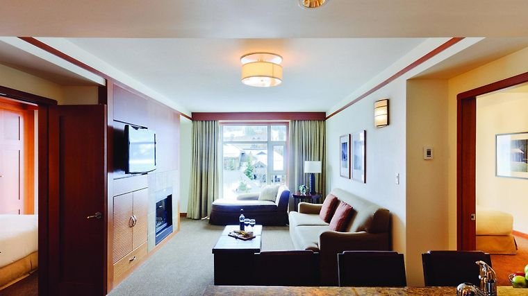 Pan Pacific Whistler Village Centre - 2 Bedroom Lower Floor Bb Room