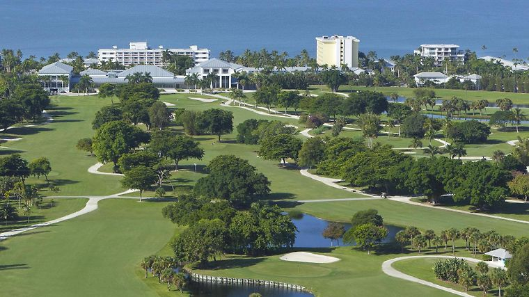 The Naples Beach Hotel & Golf Club Amenities