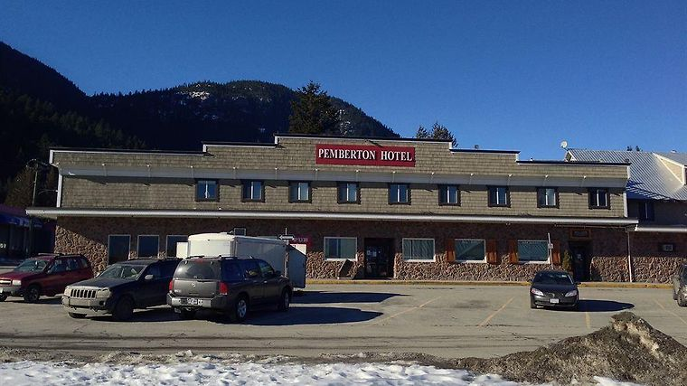 Pemberton Hotel 3 Canada From Us 88 Booked