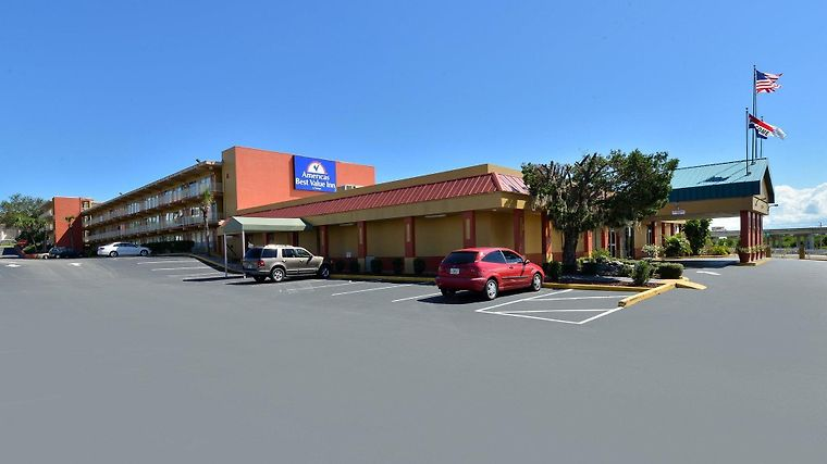 Americas Best Value Inn Cocoa/Port Canaveral Exterior