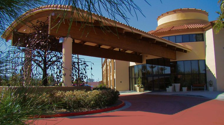 Holiday Inn Express Scottsdale Exterior