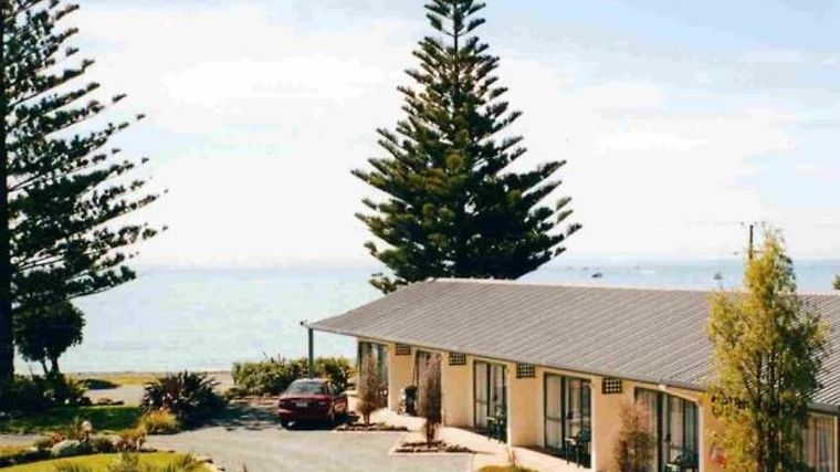 Blue Seas Motels Kaikoura Exterior