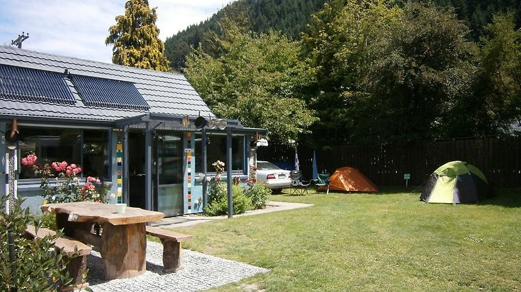 Queenstown Top 10 Holiday Park 'Creeksyde' Exterior Hotel information