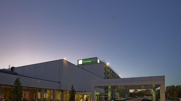 Holiday Inn Brussels Airport Exterior