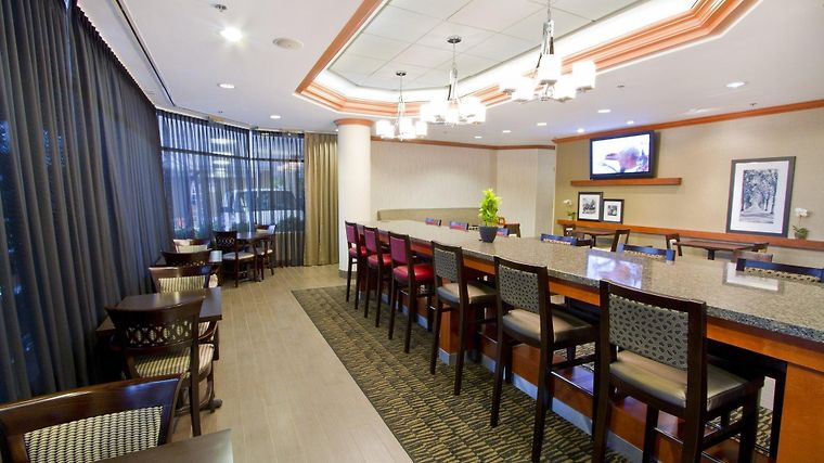 Hampton Inn - Vancouver Airport/Richmond Restaurant