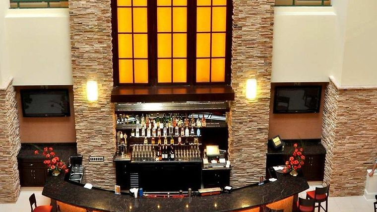 Embassy Suites Philadelphia-Valley Forge Restaurant