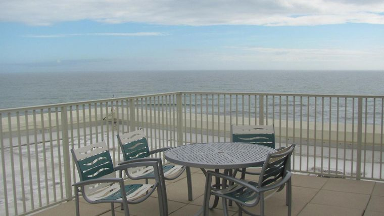 Holiday Inn Express Pensacola Beach Restaurant