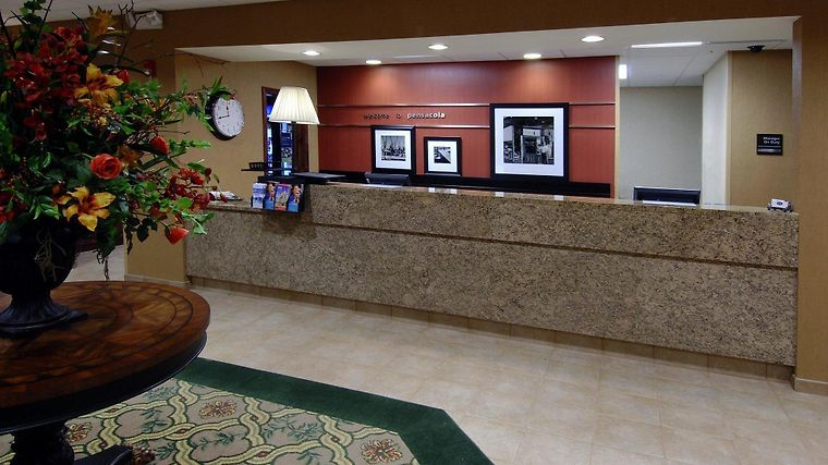 Hampton Inn & Suites Pensacola-University Mall, Fl Interior