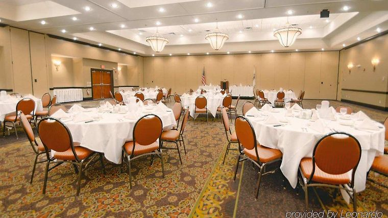 °HOTEL HILTON GARDEN INN KANKAKEE, IL 3* (United States)   From US$ 140 |  BOOKED