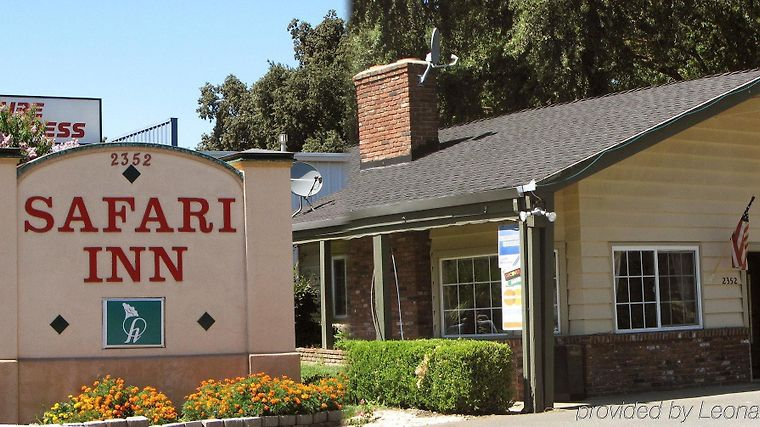 Safari Inn Exterior