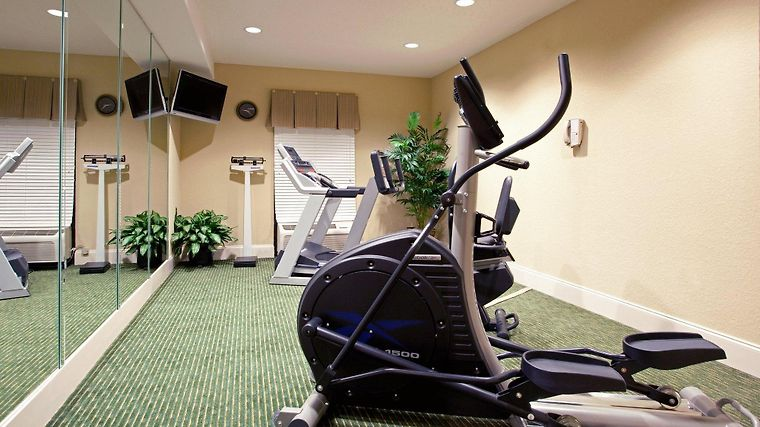 Holiday Inn Express Charleston-Moncks Corner Facilities