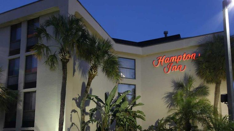 Hampton Inn Ft. Lauderdale-Cypress Creek Exterior
