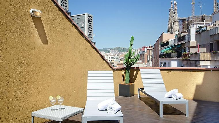 The Apartment Barcelona Sagrada Familia Exterior Hotel information