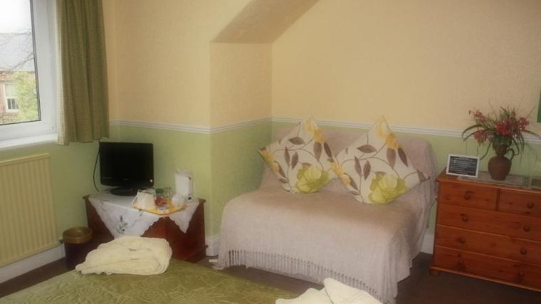 Warwick Lodge Bed And Breakfast - Guest House Room