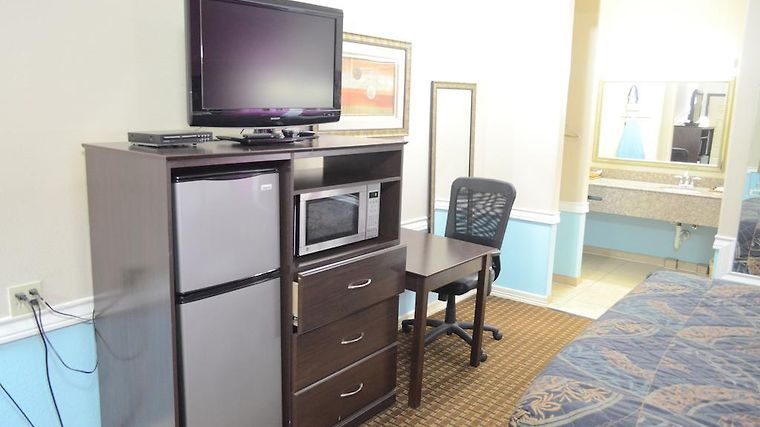 Budget Host Inn & Suites Hotel photos Room
